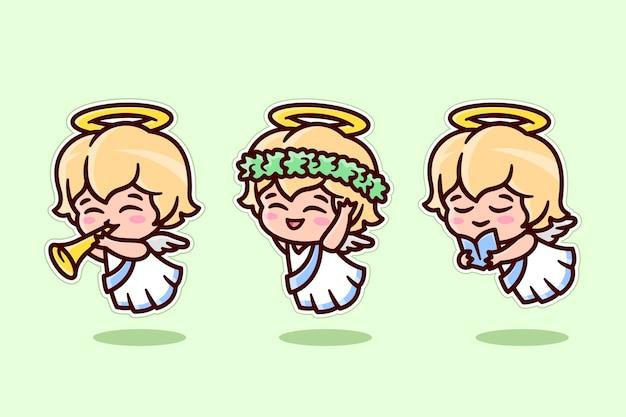 3つの異なるポーズコレクションのかわいいクリスマスの小さな天使