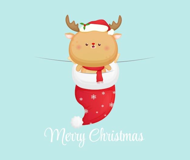 Симпатичный рождественский олень в новогодней шапке premium векторы