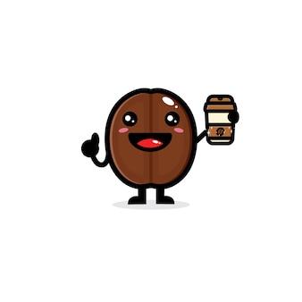 Милые кофейные зерна наслаждаясь кофе