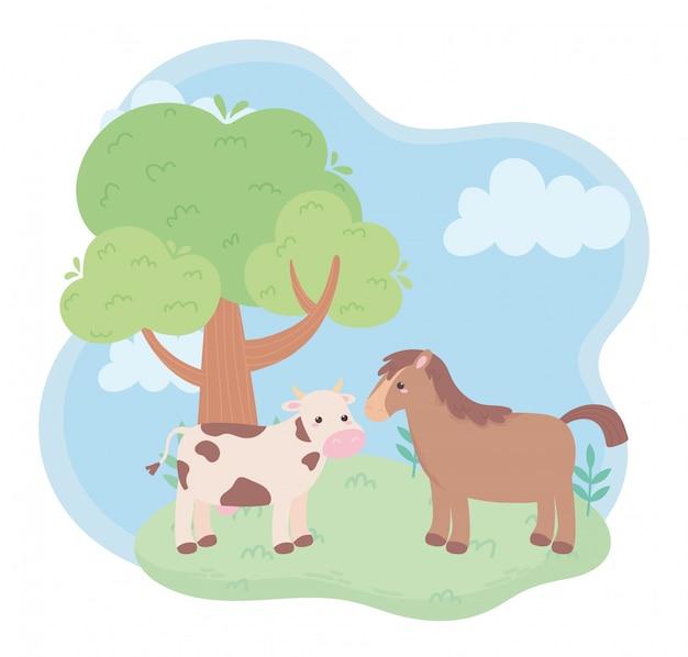 自然の風景の中のかわいい牛と馬の木の牧草地の漫画の動物