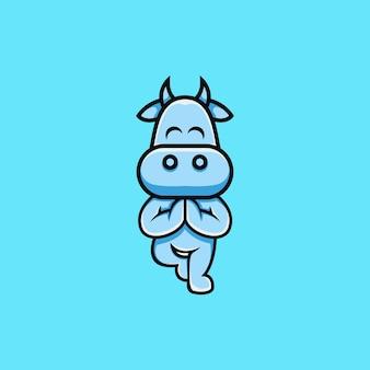 Симпатичная корова иллюстрация занимается йогой в мультяшном стиле