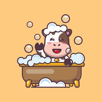 浴槽で泡風呂を取っているかわいい牛漫画ベクトルイラスト