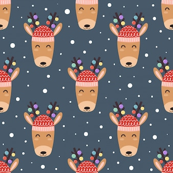 Cute deer heads seamless pattern for christmas