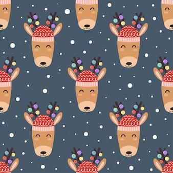 Cute deer heads seamless pattern for christmas