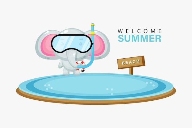 Милый слоник плавает на пляже с летним поздравлением