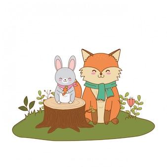 Милый лис и кролик в поле лесных персонажей