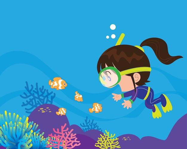 Симпатичная девушка-дайвер под водой
