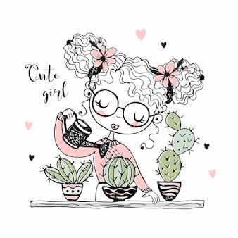 Симпатичная девочка поливает кактусы в горшках.