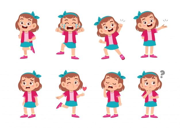 Милая девушка со многими выражениями жестов