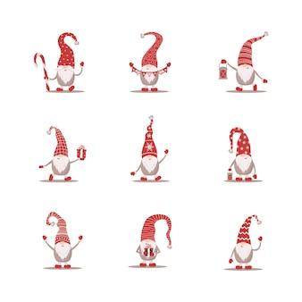 Симпатичные гномы в красных шапках санта-клауса. скандинавские рождественские эльфы.