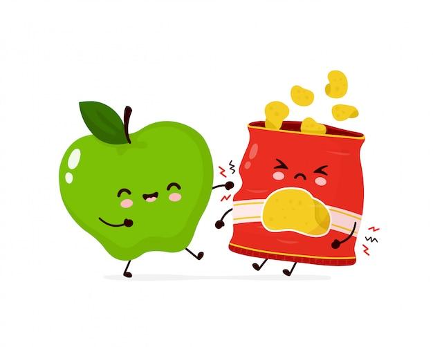 Милый счастливый улыбающийся яблочный бой с пакетом фишек. дизайн значка иллюстрации персонажа из мультфильма. изолированный на белой предпосылке