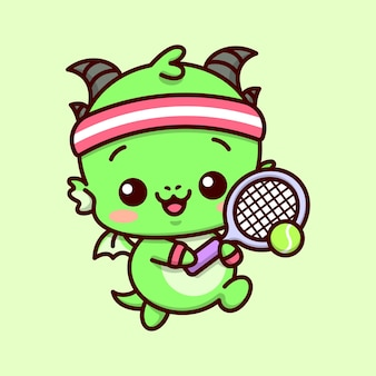 귀여운 아기 녹색 드래곤은 보라색 테니스 라켓으로 테니스를하고 빨간 머리띠를 착용하고 있습니다.