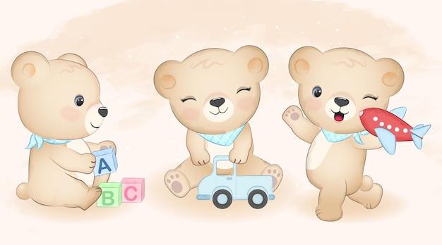 귀여운 작은 곰과 아기 장난감 세트