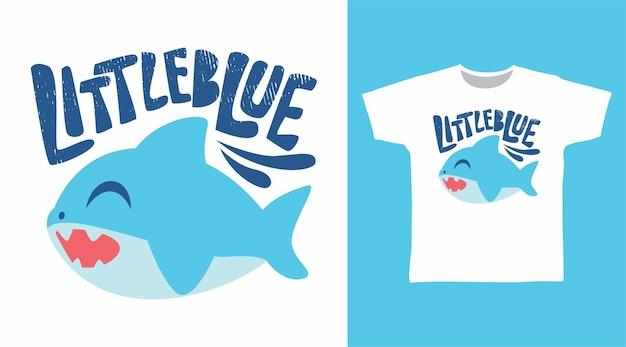 Симпатичная маленькая синяя футболка с акулой
