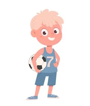 Милый маленький мальчик в футбольной форме с мячом. обратно в школу концепции. забавный мультипликационный персонаж