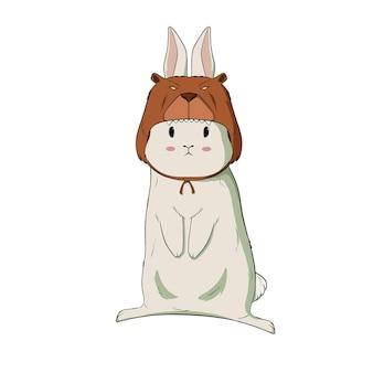 Милый маленький кролик в костюме медведя