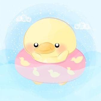 かわいい小さなアヒルの水泳