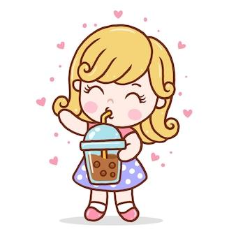 귀여운 소녀는 보바 밀크티를 마신다.