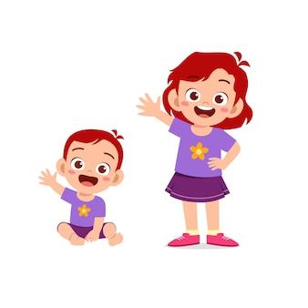 귀여운 소녀 여동생과 인사
