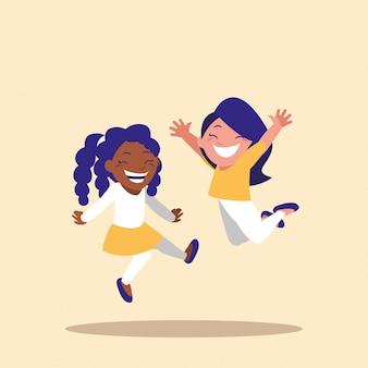 Симпатичные маленькие девочки празднуют аватар персонажа