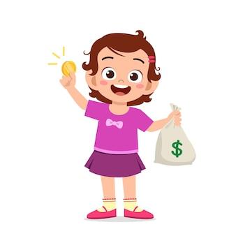귀여운 꼬마 소녀가 현금과 동전 가방을 들고