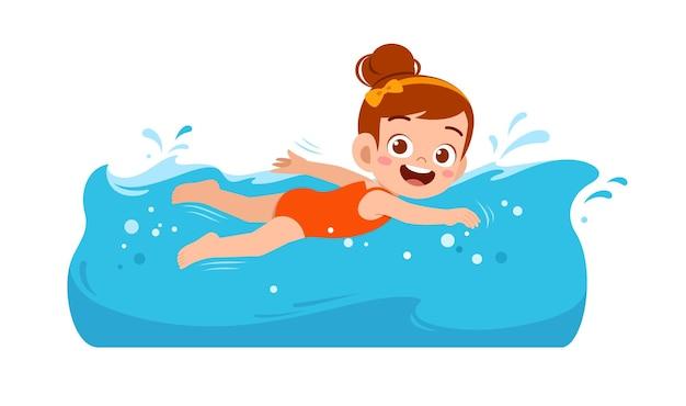 귀여운 꼬마 소녀 여름 휴가에 물 속에서 수영