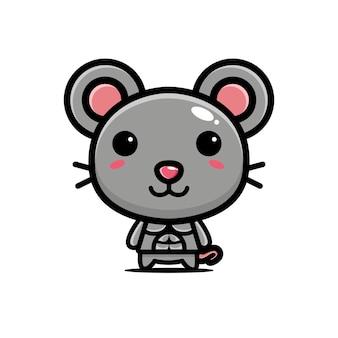 Милая мышка сильная и мускулистая