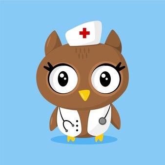 Милая сова в роли медсестры со стетоскопом