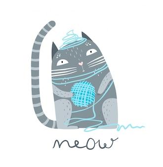 Милый котенок, сидящий с шерстяной пряжей.