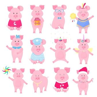 다른 의상을 입은 귀여운 돼지. 유니콘, 산타클로스, 인준, 선원, 웃긴 동물. 중국 설날의 상징입니다. 돼지 만화 캐릭터