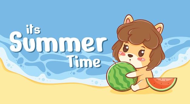 여름 인사말 배너와 함께 수박을 안고있는 귀여운 강아지