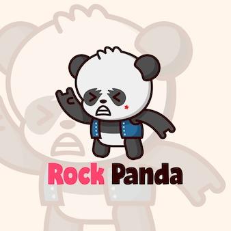 Милая рокер-панда в синей куртке с мультяшным логотипом