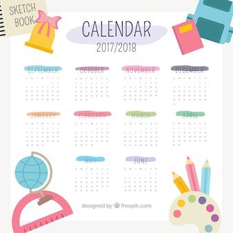 Симпатичный школьный календарь 2017