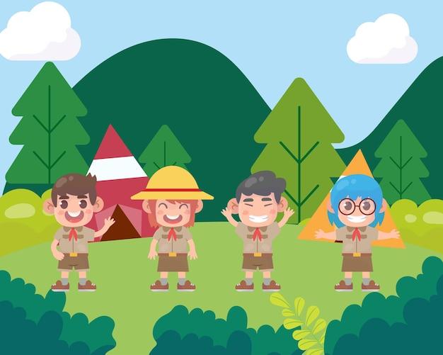 숲에서 하이킹하는 귀여운 스카우트 소년과 스카우트 소녀는 여름 야외 모험을 합니다.