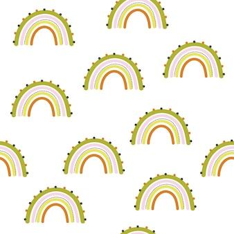かわいいシームレスパターンの子供たちは明るい背景に虹をテーマにしています。