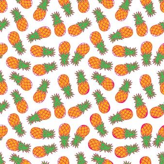 白い背景で隔離のオレンジ色の熟したパイナップルのかわいいシームレスパターン。手描きイラスト