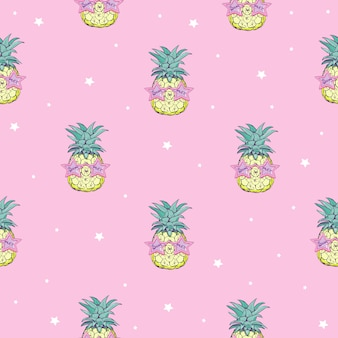 Cute seamless pattern print with pineapples