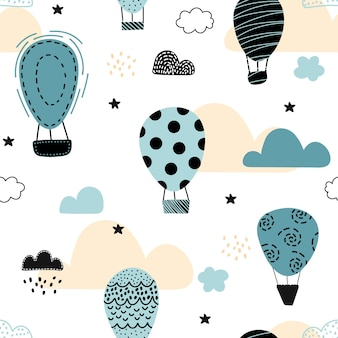 Cute seamless pattern with air balloons.