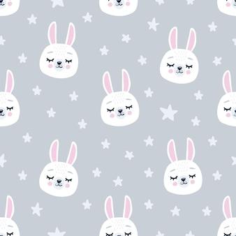 Симпатичные бесшовные модели с головами спящего кролика. ручной обращается фон с животным для детей, ткани, канцелярские товары, одежда и пижамы в скандинавском стиле.