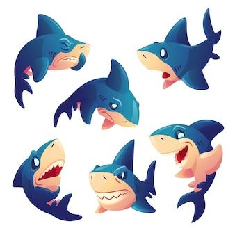 白い背景で隔離のさまざまな感情を持つかわいいサメのキャラクター。漫画のマスコット、笑顔、怒っている、空腹、悲しい、驚きの歯を持つ魚のベクトルセット。クリエイティブな絵文字セット、動物のチャットボット