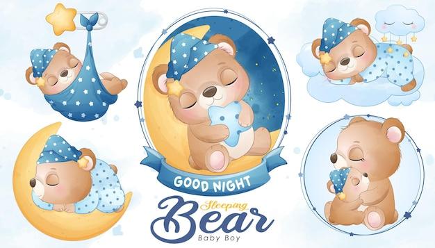 Милый спящий медвежонок с акварелью