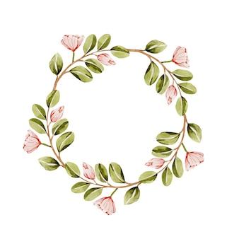 Милый весенний венок с нежными акварельными цветами