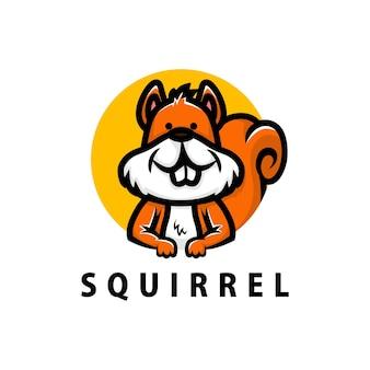 Симпатичная белка мультяшный логотип