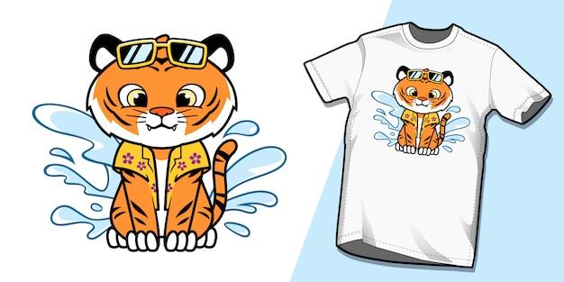 Милый летний тигр на пляжных футболках