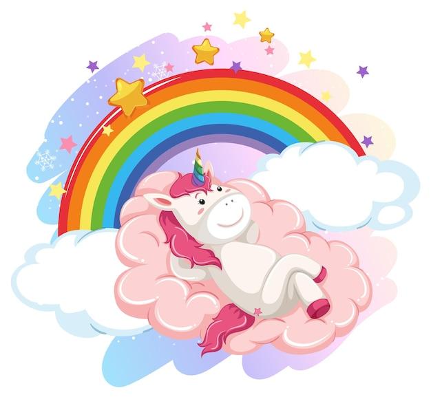 Милый единорог в пастельном небе с радугой