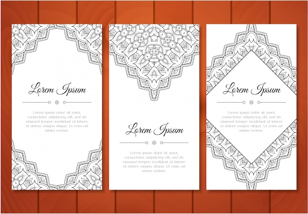 Cute vintage doodle cards set for invitation or for special holiday. greeting card or save the date with monochrome pattern. vector illustration