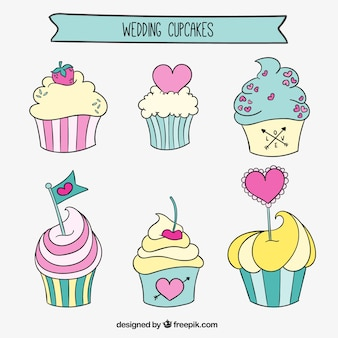 Cute wedding cupcakes in hand drawn style