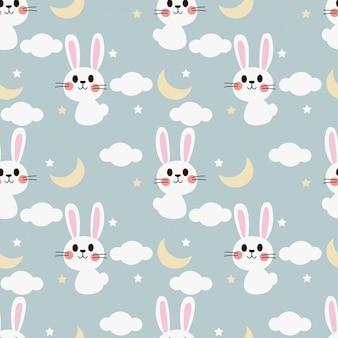 空のシームレスパターンのかわいい白ウサギ。