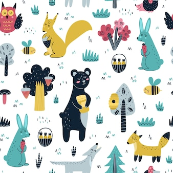 Cute woodland animals seamless pattern. forest with bear, fox, squirrel, wolf, rabbit, hedgehog, owl and bee. scandinavian design.