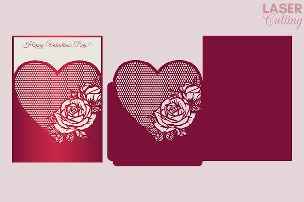 Вырезка шаблона для обложки открытки на день св. валентина, карманного конверта с рисунком роз.